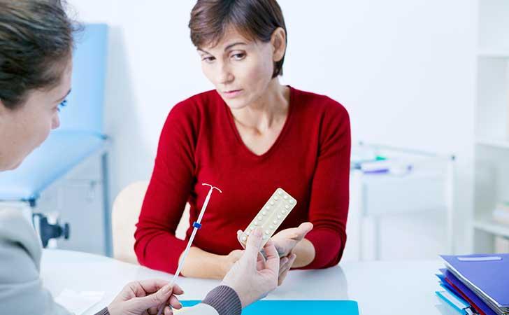 Bị viêm nhiễm phụ khoa đặt vòng tránh thai được không