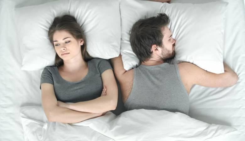 Nữ giới bị viêm âm hộ ngoài cần kiêng quan hệ tình dục không?