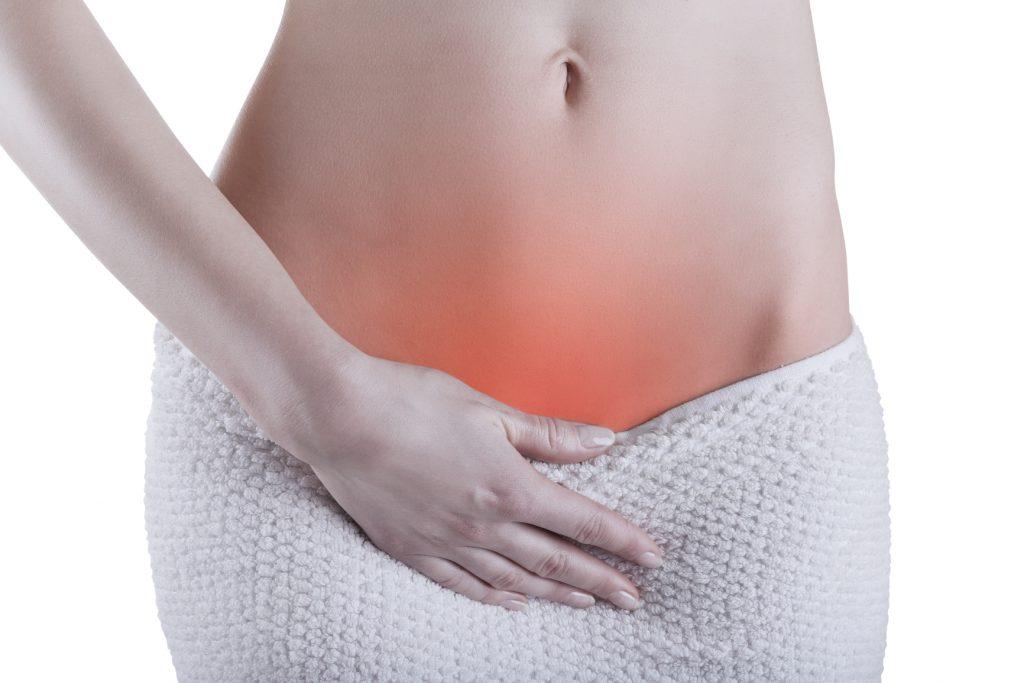 Viêm âm hộ ngoài gây nguy hiểm gì với nữ giới