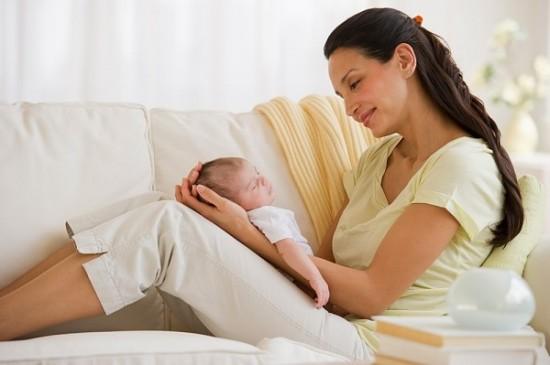 Buồng trứng đa nang sau khi sinh có cần điều trị