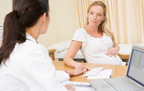 Bị polyp cổ tử cung khi mang thai nữ giới cần làm gì