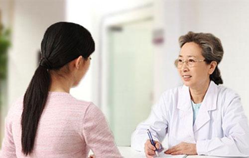 Khi bị u nang buồng trứng chị em cần làm gì