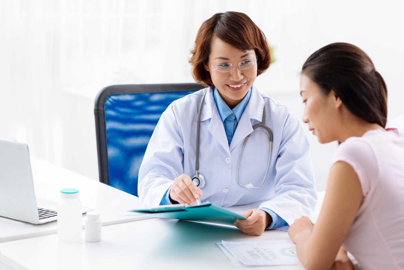 Nữ giới cần làm gì khi bị u nang buồng trứng