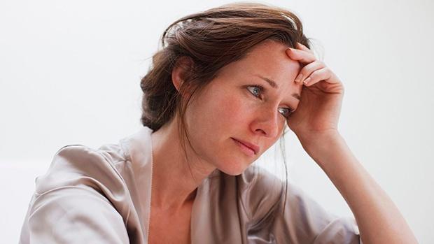 Rong kinh có phải do rối loạn nội tiết tố gây ra không