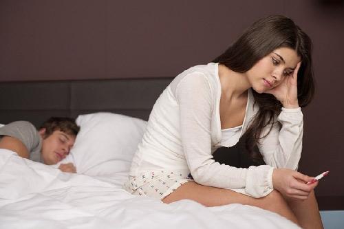 Buồng trứng đa nang có thai tự nhiên được không