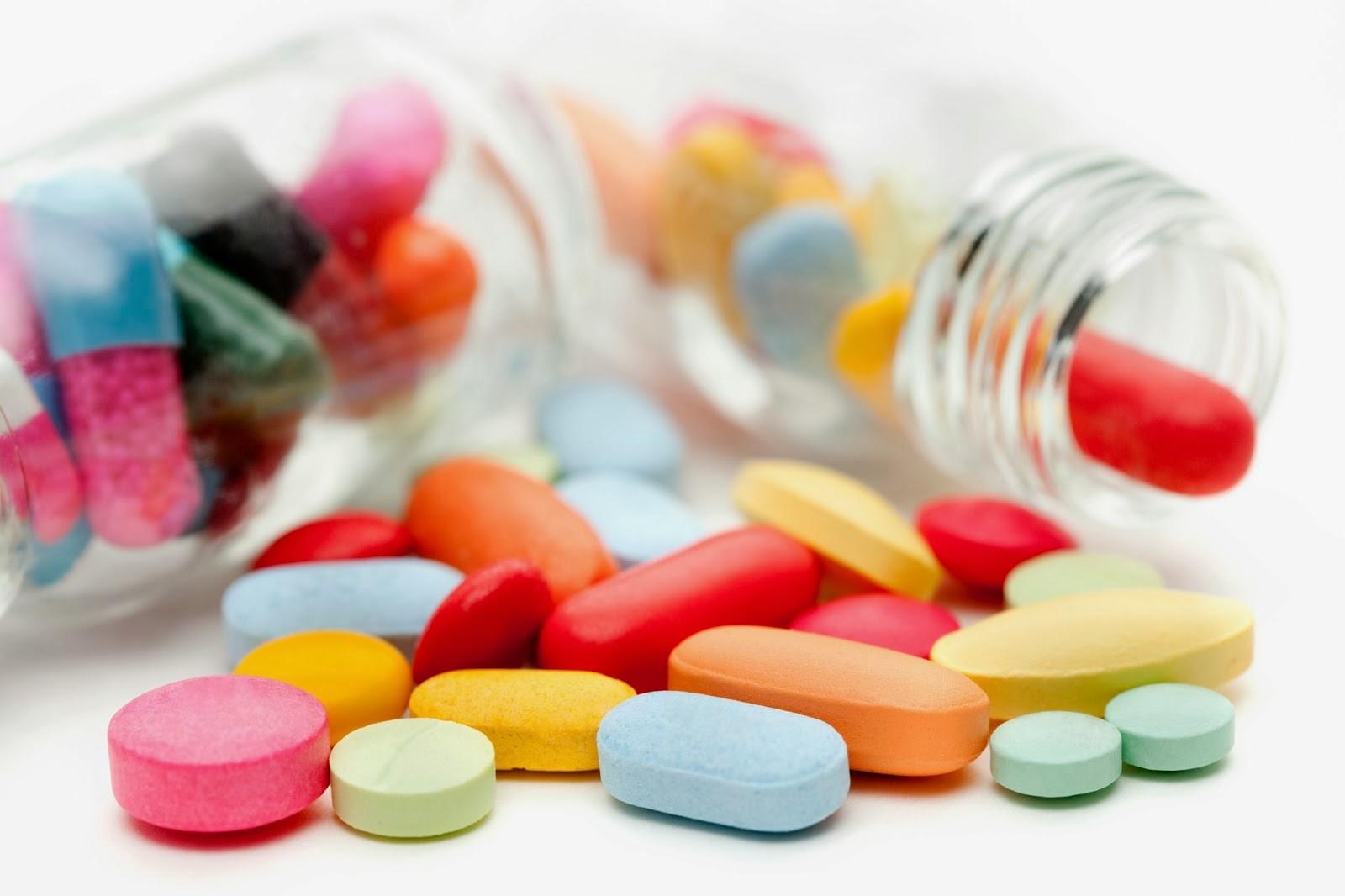 Trị nấm âm đạo bằng đặt thuốc vào âm đạo