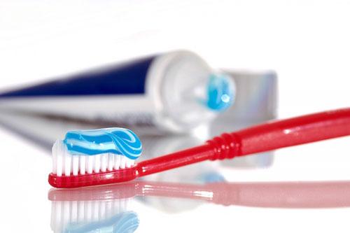 Công dụng của kem đánh răng - Có nên vệ sinh vùng kín bằng kem đánh răng?
